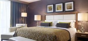 Kingsley Hotel bedroom