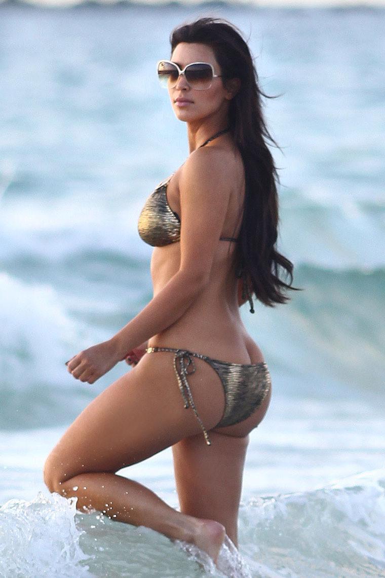 Kim-Kardashians-butt